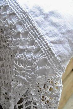 Crochet Home, Crochet Trim, Love Crochet, Crochet Crafts, Crochet Projects, Knit Crochet, Crocheted Lace, Beautiful Crochet, Vintage Crochet