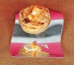 http://www.dubaiconfidential.ae/food-drinks/a-hidden-emirati-breakfast-gem/