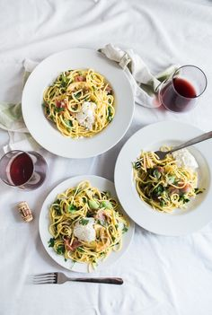 Looking for healthy, affordable meals during your Park City ski vacation? Check out our meal plan for easy, crowd-pleasing recipes you'll love. Italian Recipes, New Recipes, Healthy Recipes, Healthy Food, Cheap Meal Plans, Best Food Photography, Money Saving Meals, Quick Meals, Food Pictures
