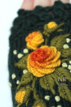Dark Green Gloves With Roses Knitted Fingerless Gloves Designer Knitting Patterns, Knitting Designs, Hand Embroidery Dress, Diy Embroidery, Green Gloves, Orange Gloves, Dark Green Background, Embroidered Roses, Crochet Slippers