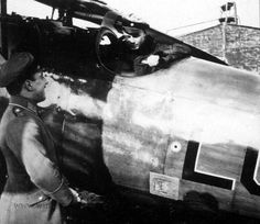 A great shot of Ernst Udet in his Albatros D.V 4476 (While the leader of Jasta 37) featuring his famous LO insignia which was an abbreviation of his Fiances name, Eleonore Zink, This Albatros must of been the one he used before his famous all black D.Va which had the LO in all White.