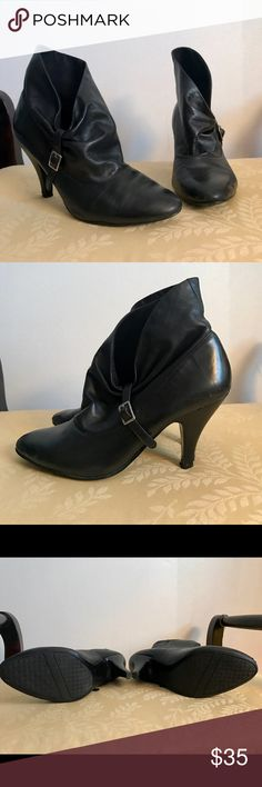 Nine West Black Leather Ankle Bootie These super adorable leather ankle boots feature a deep side vamp with buckle detailing, low heal and almond toe.  They are super comfy and stylish!  Pair them with your favorite skinny jeans or ankle pants, or maybe even a cute pencil skirt for a sassy yet classy look.  They've experienced lots of love but are still in great condition as you can see in the pictures, but nothing a good buff and shine can't take care of to make them like new! 💃🏽 Nine…