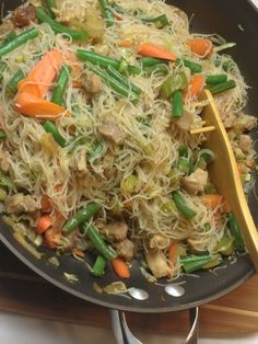 Pancit Bihon Guisado, Filipino Sauteed Noodles with Vegetables on http://asianinamericamag.com