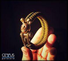Paracord Bracelets, Survival Bracelets, Colorful Pictures, Hare, Different Styles, Gemstone Rings, Bronze, Etsy Shop, Gemstones