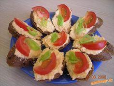 Svěží párty pomazánka No Salt Recipes, Cooking Recipes, Healthy Recipes, European Cuisine, Red Beets, Borscht, Hot Soup, Beef Stroganoff, International Recipes