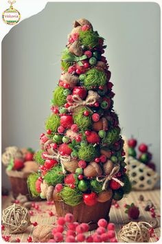 "Christmas tree ""apple-strawberry"""