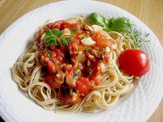 Tomatensauce mit Mozzarella aus frischen Zutaten, ein leckeres Rezept aus der Kategorie Italien. Bewertungen: 115. Durchschnitt: Ø 4,4.