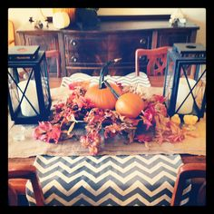 fall table - love the chevron runner