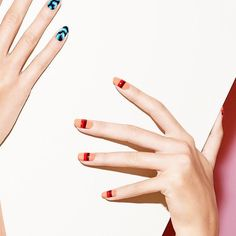 """Another nail design from """"what's next for nail art"""" a #newyorktimes story by Chrystal Martin. Photographed by @littlenycbee wearing all @sally_hansen colors #peachofcake #rubydo and #kookamango read the full article (link in bio ) by mpnails"""