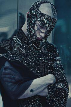 Archangel by Avine. (Photographer: Ekaterina Belinskaya.  Model: Maxsim Medvedev.  Designer: Maxim Rapoport.  Accessories: Frau Berg) - Wow...  Lots o people..  Anyway, cool.