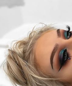 "85.6k Likes, 286 Comments - Morphe Brushes (@morphebrushes) on Instagram: ""Aquamarine eyes from our #MorpheBabe @georgiaharbridge  she reached for the…"""