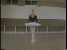 Makarova ballet lesson: http://www.youtube.com/watch?v=flzenCsT3jQ