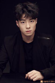 Asian Actors, Korean Actors, Dramas, Korean Men Hairstyle, Boy Best Friend, Baby Faces, Kim Min Seok, People Of Interest, Kpop Guys