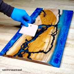 Start to finish making an Estuary river board with epoxy resin fractal rivers Woodworking Epoxy Resin, Epoxy Resin Table, Epoxy Resin Art, Woodworking Projects, Woodworking Shop, Wood Shop Projects, Diy Projects, Diy Resin Wood Table, Resin Furniture