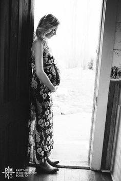 Rustic Living: our maternity pictures