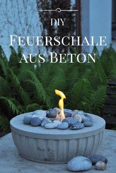 DIY: Feuerschale aus Beton selber giessen DIY fire bowl, cast concrete itself made easy, with detail Concrete Crafts, Concrete Garden, Concrete Projects, Diy Planters, Garden Planters, Diy Garden Decor, Garden Art, Beton Diy, Arts And Crafts For Teens