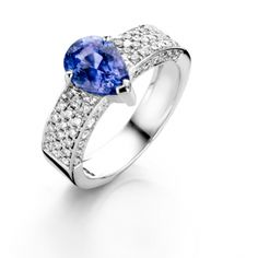 MISS IBINK - Beautiful white gold ring with blue sapphire and diamonds. Shop online at www.missibink.nl