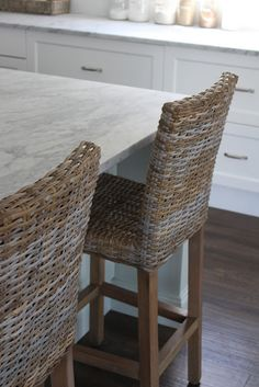 Bench top/ stools GEORGICA POND INTERIORS - our home, blue and white decorating, Hamptons, coastal chic