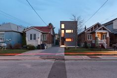 Whale House / Atelier rzlbd