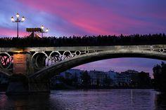 Puente de Triana al paso de la Estrella, Semana Santa de Sevilla | Andalucía | España (by Sergio Bruno)
