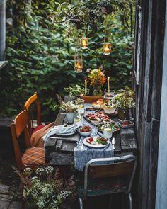 Outdoor Dining, Outdoor Spaces, Slow Living, Deco Table, Outdoor Entertaining, Bohemian Decor, Garden Inspiration, Autumn Inspiration, Outdoors