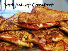 Forkful of Comfort: Pizza Grilled Cheese  Would add some banana peppers, black olives and mushrooms.  Cook on low for a bit longer to melt the cheese more.