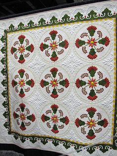 """Helen Williams Butler  Turkish Delight   The same with Helen's quilt which was also inspired from a sketch in the Encyclopedia of Applique---maybe one of the variations of this traditional Coxcombs and Currants pattern on page 84. She asked permission, but in my opinion it's all Helen.""  http://barbarabrackman.blogspot.com/2012/09/patterns-from-my-books.html"