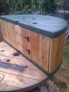Picture of Cable Spool Bench, with Storage