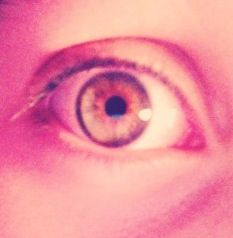 Do u like this eye?? Vampires