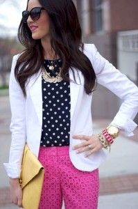 Polka Dots + Pink pants + Boss White Blazer with some beautiful accessories to top it all of = Style. Hot Pink Pants, Pink Jeans, Look Fashion, Womens Fashion, Preppy Fashion, Preppy Outfits, White Fashion, Everyday Fashion, Passion For Fashion