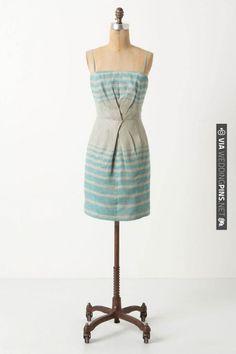 dislike the fabric, but the style is super cute as a beach wedding bridesmaids dress | VIA #WEDDINGPINS.NET