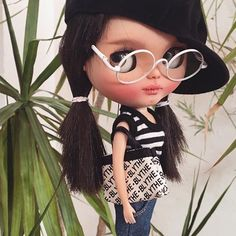 Hi there!  #erregiro #erregirodolls #dark #blythe #doll #boneca #muñeca #custom #blythedoll #carving #poupée #makeup #sculpt #maquillaje #instadoll #stripes #手首 #ブライズ #fashion #moda #ブライスドール #art #diseño #design #instablythe #arte #arttoy #toy #frenchstyle #summer