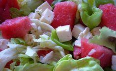 Salat mit Wassermelone und Feta