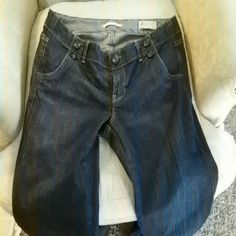 Dark rinse flare jeans Dark rinse jeans in back on trend flare! EUC! American Eagle Outfitters Jeans