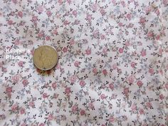 Vintage Fabric Calico Roses Beige With Peach Roses Cotton Quilt Crafts New #Unknown