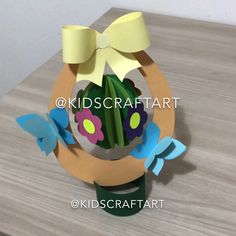 Paper easter crafts for kids egg spring Bible Crafts, Fun Crafts, Diy And Crafts, School Decorations, Christmas Decorations, Construction Paper Crafts, Paper Daisy, Christmas Origami, Kids Birthday Cards