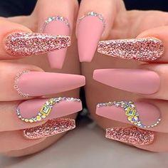 Amazing pink matte nails coffin long adorned with glitter and crystals coffinnails coffinnailshape mattenails glitternails Ballerina Acrylic Nails, Bling Acrylic Nails, Summer Acrylic Nails, Best Acrylic Nails, Rhinestone Nails, Matte Nails, Diamante Nails, Glitter Nails, Cute Acrylic Nail Designs