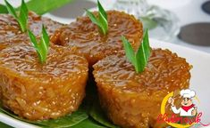 Wajik, Club Masak Indonesian Desserts, Indonesian Food, Indonesian Recipes, Asian Recipes, Ethnic Recipes, Malaysian Food, Glutinous Rice, Rice Cakes, Savory Snacks