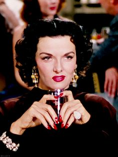 jane russell gentlemen prefer blondes - old school glamour Old Hollywood Glam, Hollywood Icons, Golden Age Of Hollywood, Hollywood Stars, Classic Hollywood, Vintage Nails, Vintage Glamour, Vintage Beauty, Classic Actresses