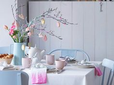 #couleur #pastel #déco #table #pâques #vase #vaisselle #blanc #branches