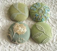 Embroidered buttons.