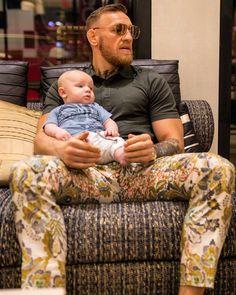 Conor McGregor Official (@thenotoriousmma) Instagram: «August x McGregor»