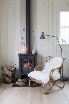 stove, chair, fireplac, fur