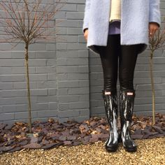 """✨Hunter Boots Nightfall Wellington """"Welly"""" Boots✨ ✨Two-Tone Hunter Black Welly Boots✨Sold Out Black Nightfall✨No Two Pairs Are The Same✨NIB✨Size Hunter Boots Shoes Winter & Rain Boots Hunter Wellies, Wellies Boots, Hunter Boots, Shoe Boots, Shoes, Wellington Boot, Fashion Design, Fashion Tips, Fashion Trends"""
