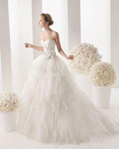 Dream like V-neck Sleeveless A-line with Applique Tulle Wedding Dress