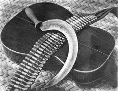 Photo by Tina Modotti, Mexico, 1927 Tina Modotti, Edward Weston, Frida Kahlo Exhibit, Mexican People, Mexican Revolution, Aztec Warrior, Lomography, Mural Painting, Architectural Elements