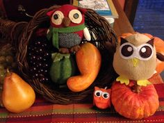 Owly and his friends are thankful for a cornucopia of good things. Day 309 of #yearofowly #lifeofowly
