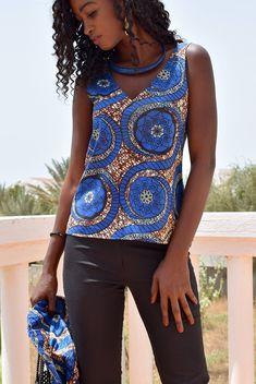 Melokane #etsy Haut femme avec dos nu en coton wax africain #haut #dosnu #wax #Africain #bleu