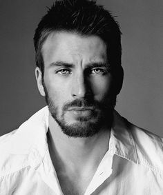 Chris Evans....those eyes