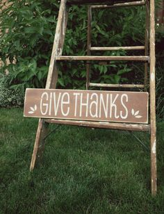 Give Thanks Handmade Sign - for yard/door Diy Wood Signs, Rustic Signs, Wall Signs, Wooden Fall Decor, Kitchen Facelift, Handmade Signs, Hand Written, Chalk Board, Recycled Wood